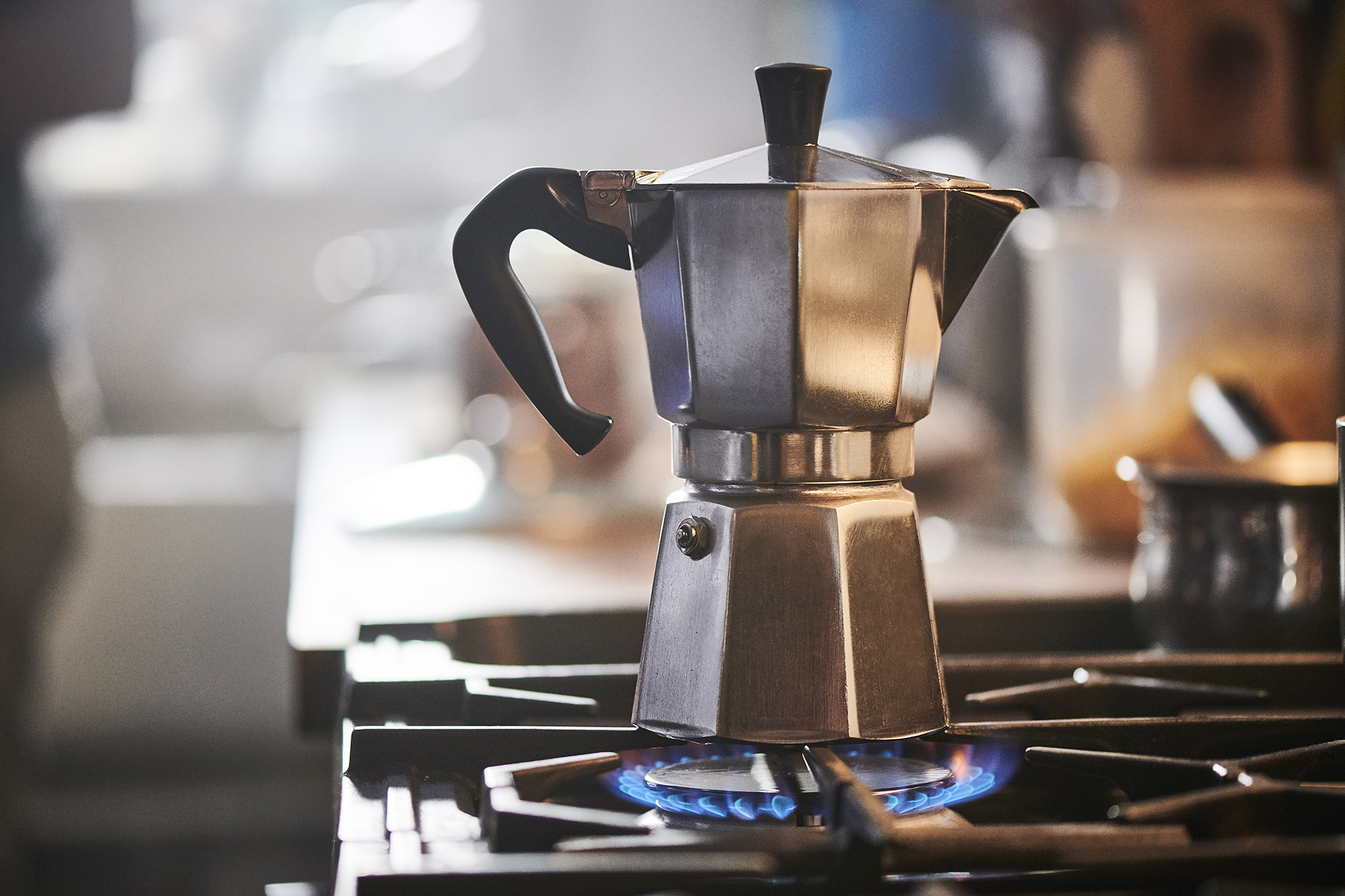 A cafetera italiana on a LPG powered hob