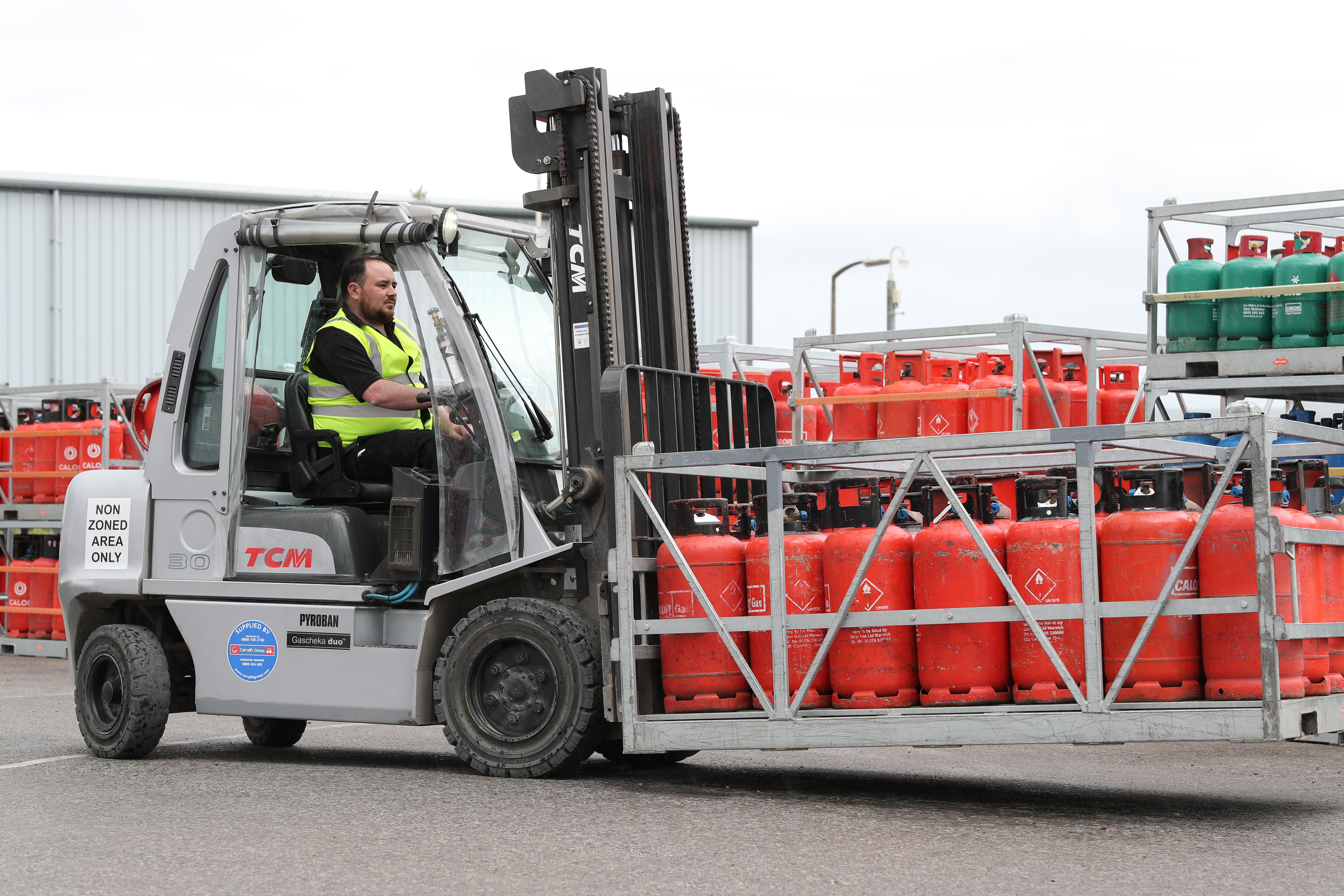 FLT transporting Calor Gas cylinders